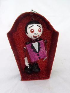 Monster Dracula Coffin Vampire Figure Figurine Halloween Ornament Home Decor