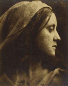 cavetocanvas:    Julia Margaret Cameron, Fanny St. John, 1866.