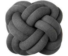 knot cushion