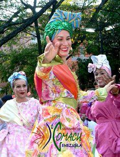 Nuestras bellas #Madamas en #Carnaval al ritmo del #Calipso de #ElCallao, edo. #Bolivar #Danza #DanzaTradicional #Cultura #CulturaPopular #ManifestacionesCulturales #Venezuela #Carnaval2015
