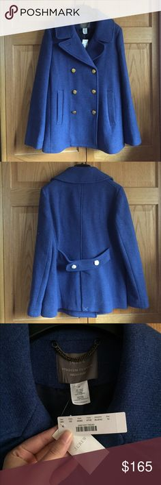 """🆕 NWT J. Crew Stadium Cloth Majesty Peacoat Fabulous fall/winter jacket from J.Crew. This coat is warm without tons of bulk and the peacoat is a classic silhouette! You can never go wrong with this coat. Great heather blue color - not too """"out there"""" but still different than the norm. Full price at J. Crew!! Runs true to size. Lined. Stadium Cloth fabric from the Nello Gori mill is a warm wool based fabric created to replicate old-school stadium blankets. ❌NO TRADES❌ J. Crew Jackets & Coats…"""
