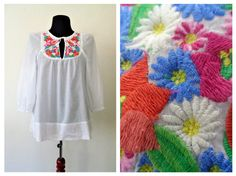 Embroidered Blouse Mexican Embroidery by LaBoutiqueDeValentin
