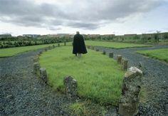 Google Image Result for http://photos.codlib.com/wp-content/uploads/2007/10/burial-ground-reykjavik-iceland-19992.jpg