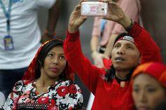 Integrantes de la etnia Guna en Ciudad de Panamá AMOR INDÍGENA / NATIVE AMERICAN LOVE PANAMA GUNA ETHNIC GROUP