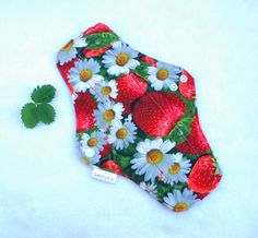 Cloth pad for moderate flow - strawberry flower cloth pad - reusable cloth pad - mama pad - cloth menstrual pad - 10 inch cloth pad - csp by leonorafi on Etsy