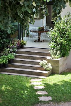 Véranda Outdoor Spaces, Outdoor Decor, Stepping Stones, Gardens, House, Home Decor, Outdoor Living Spaces, Stair Risers, Decoration Home