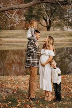 photos fall family pictures fall family pictures outfits fall family photos fall photoshoot family fall family photo outfits fall family pictures with baby fall family picture ideas family pictures with older kids family pictures maternity Fall Maternity Shoot, Fall Maternity Pictures, Maternity Photo Outfits, Outdoor Maternity Photos, Maternity Photography Outdoors, Family Maternity Photos, Pregnancy Photos, Maternity Clothing, Family Photography