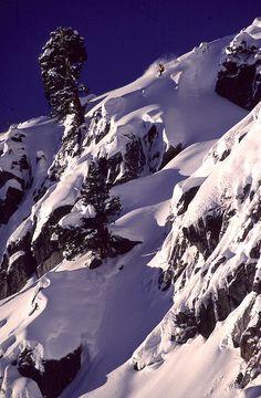 Dave Hatchett / White Wolf P: Aaron Sedway