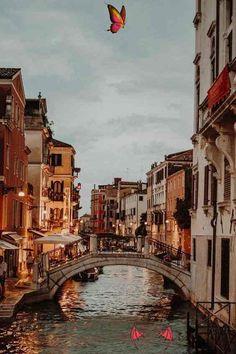 20 Best City Breaks in the World - Travel Den - Venice – 20 Best City Breaks I...,20 Best Cit... 20 Best City Breaks in the World - Travel Den - Venice – 20 Best City Breaks I...,  #Breaks #City #den #Photography #travel #Venice #World<br> Travel Aesthetic, Beach Aesthetic, City Aesthetic, Brown Aesthetic, Travel Goals, Travel Tips, Travel Checklist, Travel Hacks, Travel Ideas