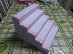 Escada de doces de caixa de leite