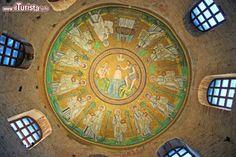 Battistero degli Ariani: la storia e le opere del sito UNESCO di Ravenna