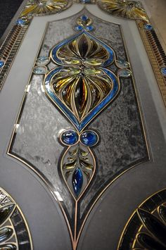 Home Decor - Display Your Talents, And Your Tastes Stained Glass Door, Stained Glass Crafts, Stained Glass Designs, Stained Glass Panels, Stained Glass Patterns, Leaded Glass, Mosaic Glass, Beveled Glass, Window Glass Design
