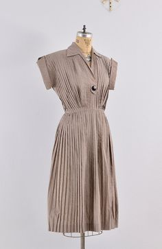 1940s dress / pleated dress / Pat Hartly 1940s by PickledVintage, $124.00
