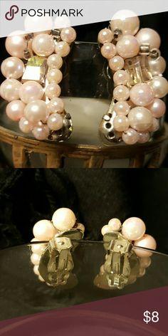 Vintage Earrings One pair of pink pearl silvertone clip on earrings Jewelry Earrings