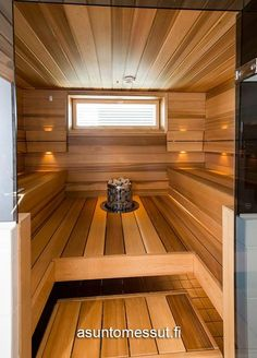People have been enjoying the benefits of saunas for centuries. Spending just a short while relaxing in a sauna can help you destress, invigorate your skin Home Steam Sauna, Sauna House, Sauna Room, Steam Bathroom, Sauna Shower, Japanese Bathroom, Sauna Design, Outdoor Sauna, Finnish Sauna