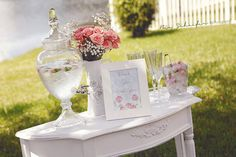 Bridal Shower Shoot by Andressa Hara of Twinkle Twinkle Little Party