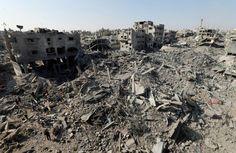 GUERRA SANTA 19 - 24 de Julio - 17 palestinos civiles, entre ellos niños, fallecen y más de 200 personas resultan heridas por proyectiles de tanques israelíes que atacaron una escuela de la ONU en donde se habían refugiado unas 1.500 desplazados.