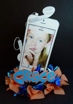 Personalized iPhone party centerpiece. Great for a Bat Mitzvah or Sweet 16 themed party. Computer Theme, Bat Mitzvah Themes, 13th Birthday Parties, Party Centerpieces, Bar Mitzvah, Emojis, Sweet 16, Ava, Computers