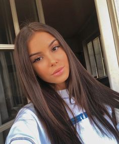51 Gorgeous Hair Color Worth To Try This Season balayage hair color, fabmood, light brown hair color Brown Blonde Hair, Light Brown Hair, Brunette Hair, Dark Hair, Brown Hair Girls, Dark Brown Hair Rich, Pretty Brunette, Long Brown Hair, Pretty Brown Hair
