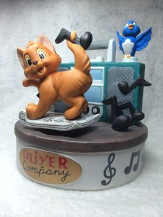 """The Disney Collection, Musical Memories """"Oliver and Company"""" Good Company Musical Figurine The Walt Disney Artists Grolier on Etsy, $49.95"""