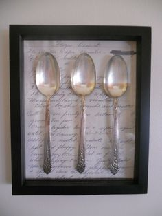 A way to remember Grandma's cooking- Shadow Box with her old spoons and an old favorite recipe. Or use an old letter behind the birth spoons. Vintage Diy, Vintage Decor, Molduras Vintage, Diy Shadow Box, Custom Framing, Picture Frames, Craft Projects, Craft Ideas, Diy And Crafts