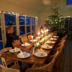 Jeg har glædet mig SÅ meget til jul i år og nyder det hele i fulde drag 😍 Traditionerne, duften, træet, god tid med dem jeg elsker, børnenes glæde... 💞 Jeg er så taknemmelig og ønsker inderligt, at I alle må få en god, varm og glædelig jul med Jeres kære -om ikke andet, så i hjertet ❤