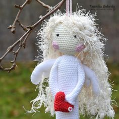 Crochet pattern Crochet Angel Guardian by VendulkaM / DIY Crochet Christmas Trees, Christmas Tree Pattern, Christmas Bells, Christmas Time, Crochet Angel Pattern, Crochet Angels, Crochet Patterns, Double Crochet, Single Crochet