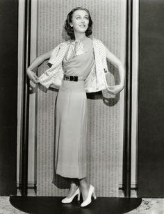 Ann Dvorak (August 1911 – December was an American stage and film actress. Golden Age Of Hollywood, Vintage Hollywood, Hollywood Stars, Classic Hollywood, Jean Kent, Ann Pennington, Maureen O'sullivan, Constance Bennett, Ann Sheridan