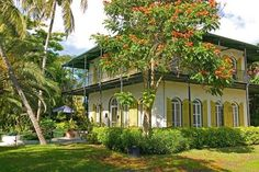 This Key West Colonial was home to Ernest Hemingway who moved here in 1931 just after A Farewell to Arms was published. In this house, he wrote such short stories as The Snows of Kilimanjaro and The Short Happy Life of Francis Macomber. - Image credits: Architectural Digest; Architectural Digest