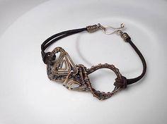 Náramok Plastikuš, diy wire wrapped copper bracelet leather patina copper