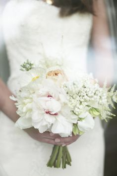 all-white bouquet // photo by Feather & Twine
