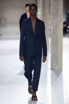 Dries Van Noten Spring 2019 Menswear Paris Collection - Vogue