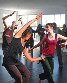 @Amara Pagano first worked with Gabrielle Roth in 1991. She now teaches 5 Rhythms and conscious dance.