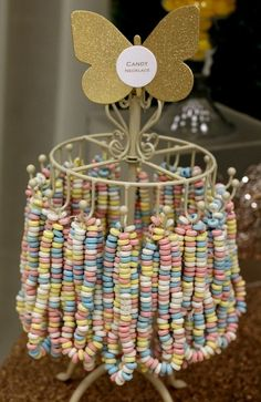 Circus party - candy necklaces as part of candy bar Vintage Party, Wedding Vintage, Trendy Wedding, Diy Wedding, Boho Vintage, Vintage Food, Wedding Ideas, Vintage Table, Party Wedding