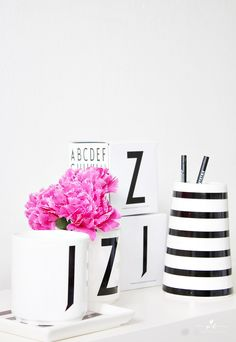 Design letters black and white stripes house doctor