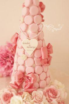048//マカロンカラー:プリンセスピンク1色。40cmマカロンタワー。ガーランド:プリンセスピンク、ホワイトのローズ、ジルコニア花芯の小花