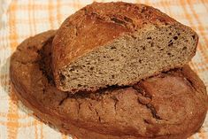 Discover recipes, home ideas, style inspiration and other ideas to try. Almond Flour Recipes, Bread Recipes, New Recipes, Cooking Recipes, Healthy Recipes, Healthy Food, Kiflice Recipe, Bosnian Recipes, Sweet Cakes