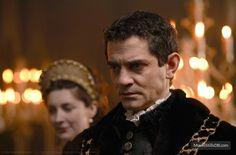 """The Tudors"" publicity still of James Frain"
