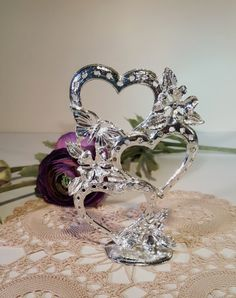 Vintage Earring Tree, Hearts and Butterflies Earring Stand, Silver Earring Holder, Display Jewelry Collection by on Etsy Vintage Earrings, Silver Earrings, Retro Vintage, Vintage Items, Earring Tree, Butterfly Earrings, Jewellery Display, Victorian Era, Jewelry Collection