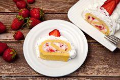 rulada-rapida-cu-capsuni,-mascarpone-si-frisca-0 Strawberry Recipes, Aesthetic Food, Mascarpone