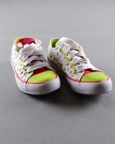 Zapatillas de lona (talla 5 años) 3,10€ http://www.quiquilo.es/nino/1914-zapatillas-de-lona.html