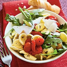 Orecchiette with Roasted Peppers, Arugula, and Tomatoes - Vegetarian Summer Recipes - Cooking Light Summer Entrees, Summer Recipes, Skinny Mom, Healthy Menu, Healthy Eating, Healthy Cooking, Vegetarian Recipes, Healthy Recipes, Healthy Pastas