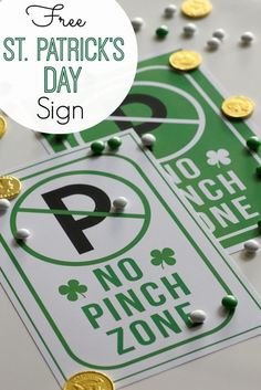 """Free printable St. Patrick's Day """"no pinch zone"""" sign 