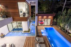 16033 Valley Vista Blvd, Encino, CA 91436 featured on modciti Future House, My House, Hidden Rooms, Backyard Seating, Luxury Homes Dream Houses, Dream House Exterior, Random House, Modern House Design, Swimming Pools