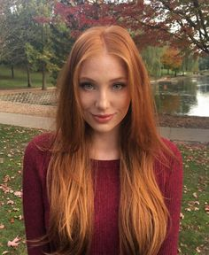 Perfect girl not Ginger hair - Ginger Haare I Love Redheads, Hottest Redheads, Beautiful Red Hair, Beautiful Eyes, Simply Beautiful, Gorgeous Lady, Red Hair Woman, Ombré Hair, Girls With Red Hair