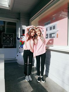 Find images and videos about mamamoo, solar and moonbyul on We Heart It - the app to get lost in what you love.