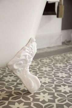 mandala ethnic warm en minder sterile Retro Bathrooms, Toilet Design, Tiles, Sweet Home, Van, House Design, Interiors, Decorating, Future