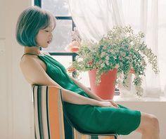 """좋아요 17.8천개, 댓글 66개 - Instagram의 Kim Taeyeon/김태연(@_taeyeonfanpage)님: """"[Update] Taeyeon - 1st Full Album 'MY VOICE' Teaser  Tracklist: 1. Fine (Title Track) 2. Cover Up…"""""""