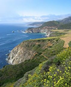 Big Sur, CA: Breathtakingly beautiful.