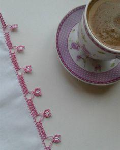 Fotoğraf açıklaması yok. Crochet Lace, Crochet Stitches, Needle Lace, Iftar, Elsa, Cross Stitch, Knitting, Tableware, Instagram